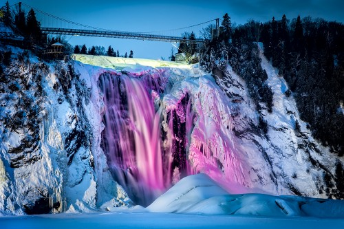 illumination-glacee-de-la-chute-Montmorency